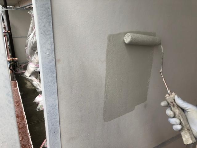 オフィスの壁を塗り替え